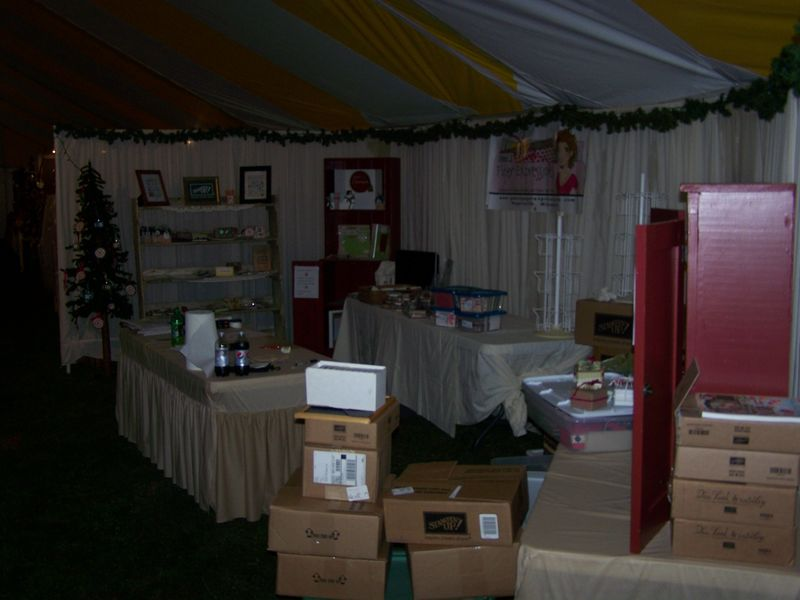 Craft booth Weekend 001