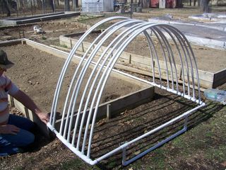 Raised bed cover PVV 2014 001