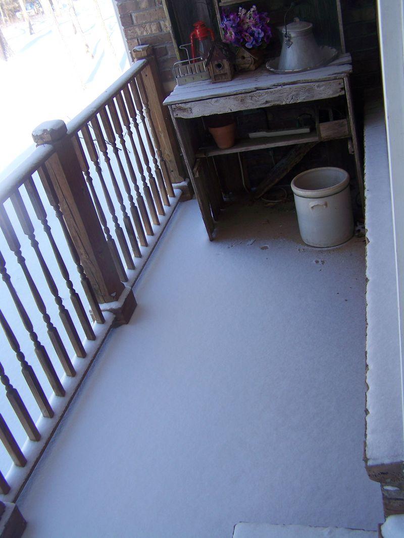Snow 3314 002