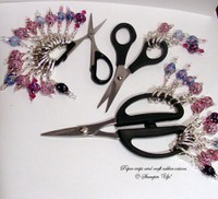 Scissor_charms_that_are_available